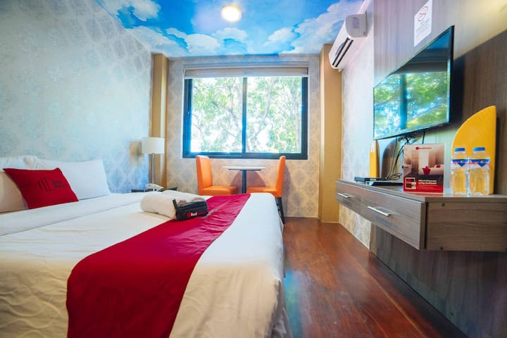 A Very Cool Deluxe Room