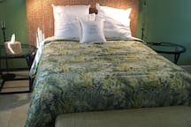 """An elegant yet affordable addition to our """"Air family""""! Designer bedding, all cotton sheets/towels and interesting travel art sets the tone. We cater to RN registry, Canadians and folks who travel on a budget, but want to feel special!"""