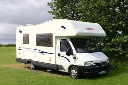 6 berth family motorhome for hire - Hawick