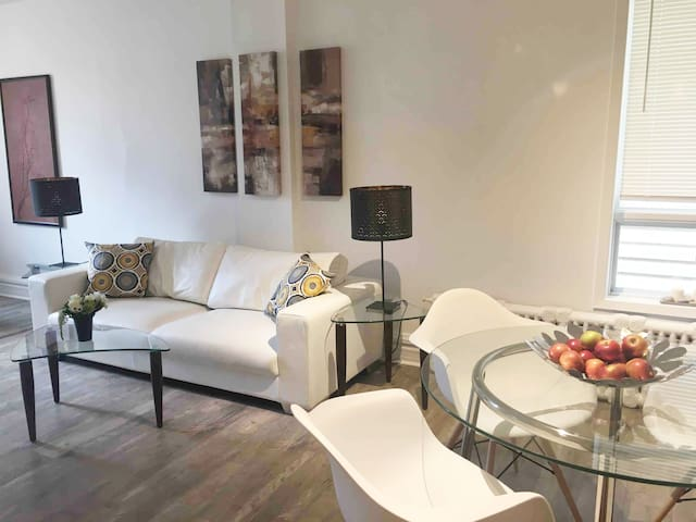★Glebe Aspen suite Renovated with Parking★