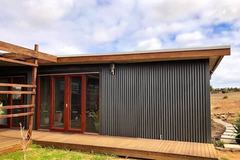 STUNNING STRATHALBYN COUNTRY GUESTHOUSE