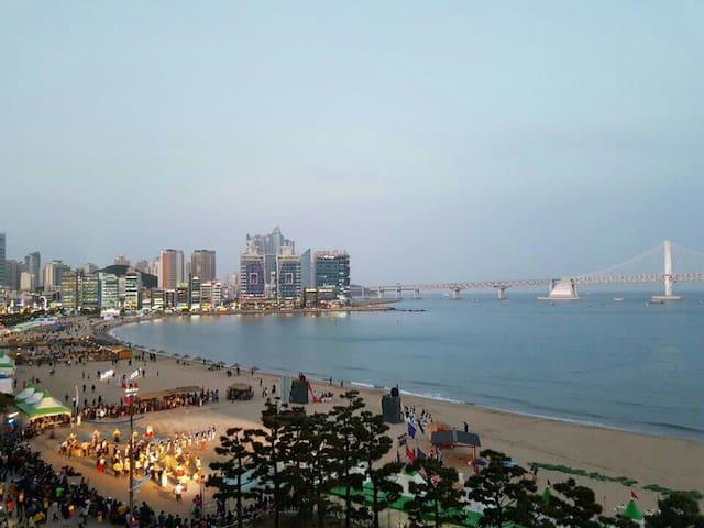 광안리 해변 앞/ Ocean view  /Busan - 부산광역시 - Departamento