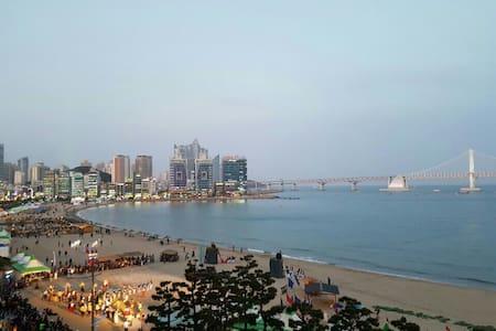 광안리 해변 앞/ Ocean view  /Busan - 부산광역시 - Leilighet