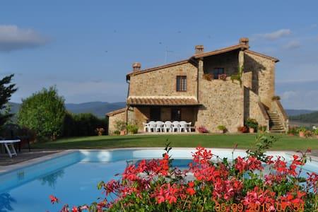 Favolosa Villa nel cuore della Toscana - Radicondoli - Villa