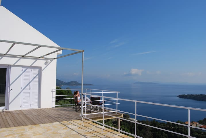House in Kioni, Ithaca, Greece - Lefki - Hus
