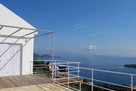 House in Kioni, Ithaca, Greece - Lefki