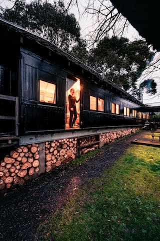 Steam: Train Carriage