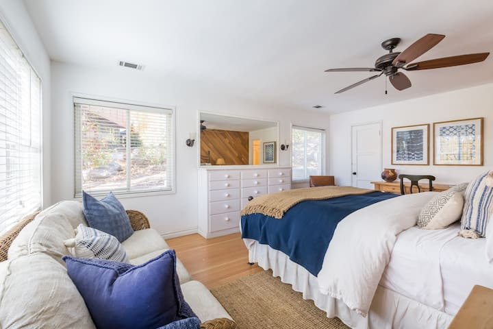 This Master bedroom with Cal king bed has an amazing Lake View and private bathroom.  Cozy up with a Down comforter, heated mattress pad and hotel quality linen.