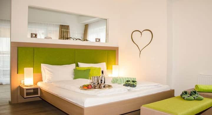 Suite Bergtraum 2 mit Badewanne inkl. Frühstück