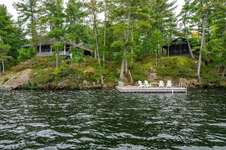 Eddis Cove - Stony Lake - Heritage Island Cottage