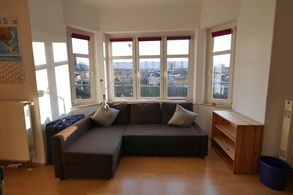 ein raum wohnung im dresdner s den wohnungen zur miete in dresden sachsen deutschland. Black Bedroom Furniture Sets. Home Design Ideas