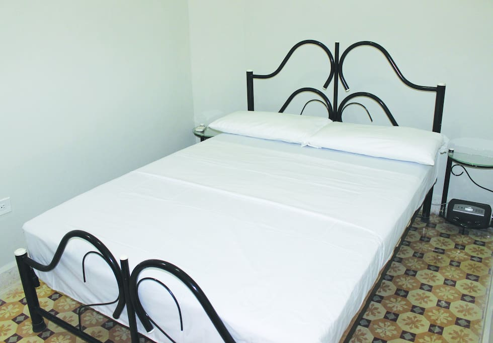 Standard Room #6 comes with 1 Double bed.