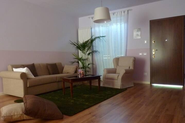 Earth Room Appartamento Trezzo Tinella Langhe