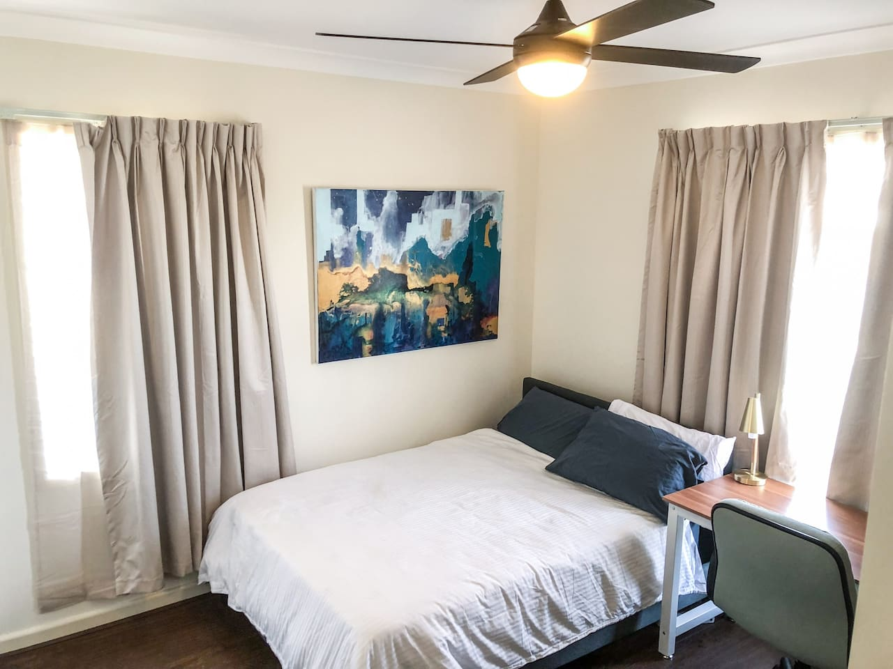 Large, light filled room with double bed