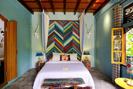 Ubud - Malashree Artist Room - Tampaksiring - Bed & Breakfast