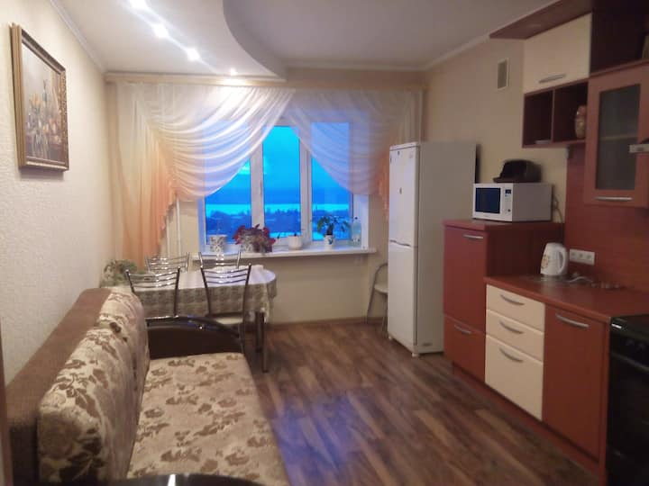 Сдам квартиру с панорамным видом на Волгу