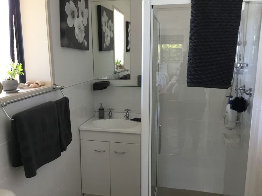 Full bathroom facilities