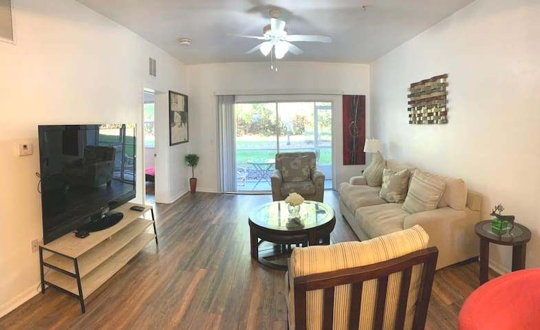 Modern 2BR 2BA 3min walk to NFRMC , UF Health-Mall