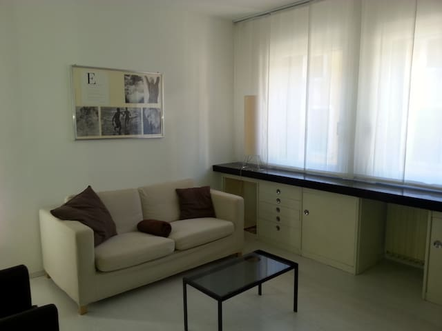 Moderno e luminoso appartamento in centro storico - Malo - Apartment