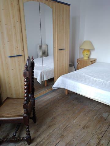 Chambre meublée à Creil