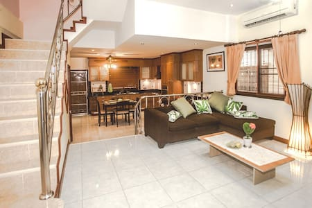 BOOK 2 Story 2 Bedroom Great House in Patong! - Tambon Patong