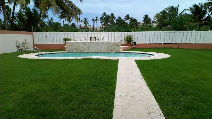 Beach Vacation Home - Like a Resort - Vega Alta - Dom