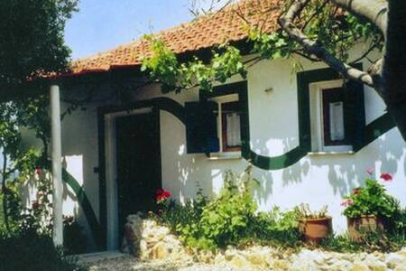 Green Cottage - 400m to the beach - Petrohori