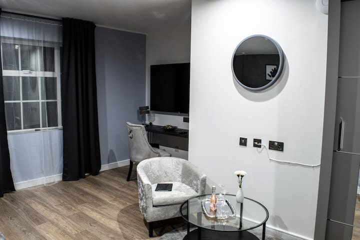 The Villare Hotel - Room 12