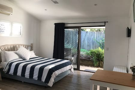 Private  self-contained studio in Noosa Junction