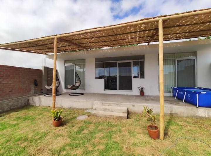 Habitación Amplia, ventilada c/baño privado MEJÍA