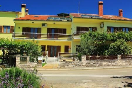 Apartment Ana Porec 6