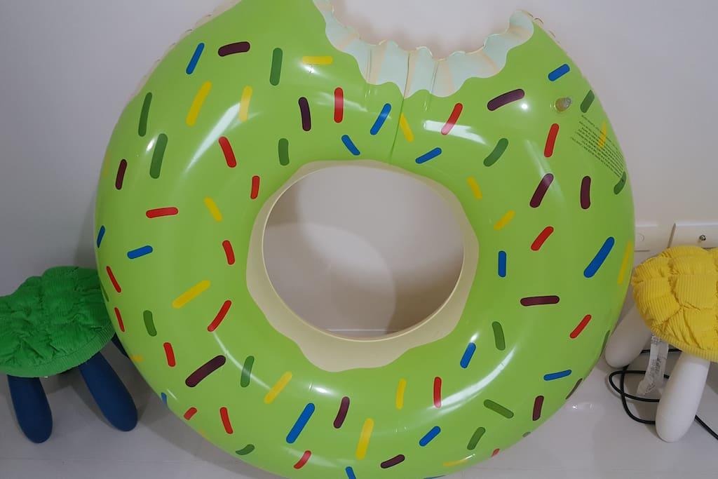 Donut floater free to use but Php750.00 will be collected once broken