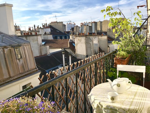 Wonderful apartment with terrace in St Germain