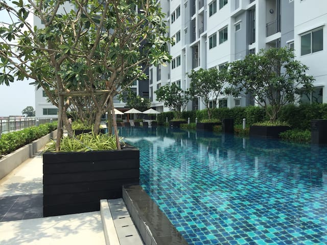 Riverview,MRT train,7-11,pool ,monthly discount30%