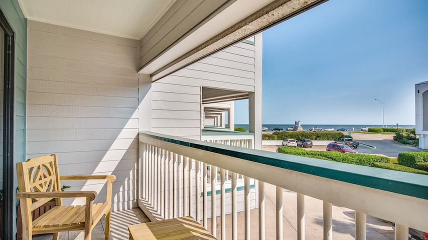 Casa del Mar Galveston Beachfront Vacation Rental