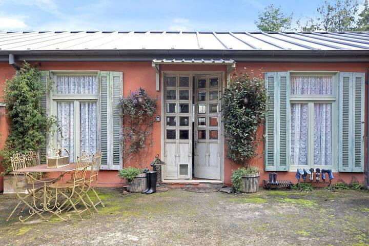 Saint Eloi - la maison