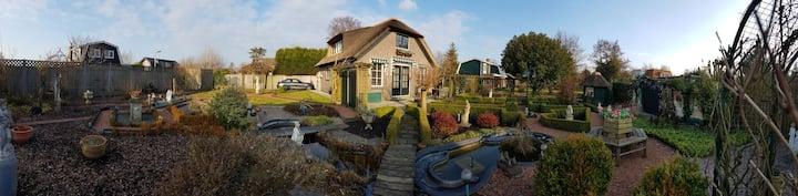 Dolce Vita thatched cottage near Amsterdam/Utrecht