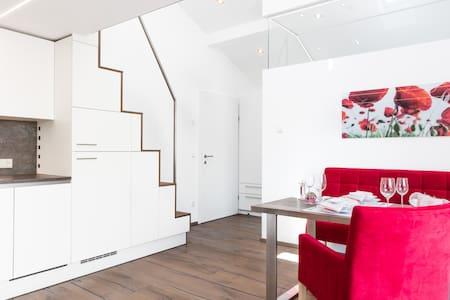 Designer-Appartement mit XXL-Terrasse, free WLAN - Brunn - 公寓