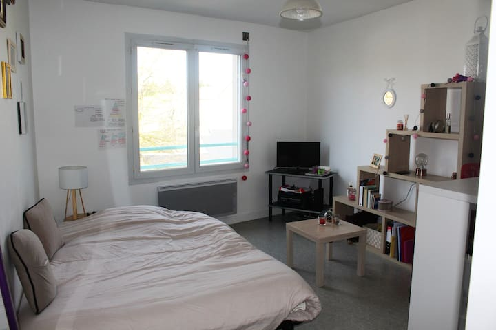 Agréable studio équipé en résidence 23 m2