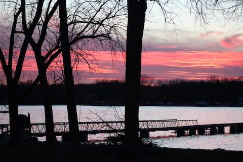 LAKE LIFE #1 with Cedar Lake Access
