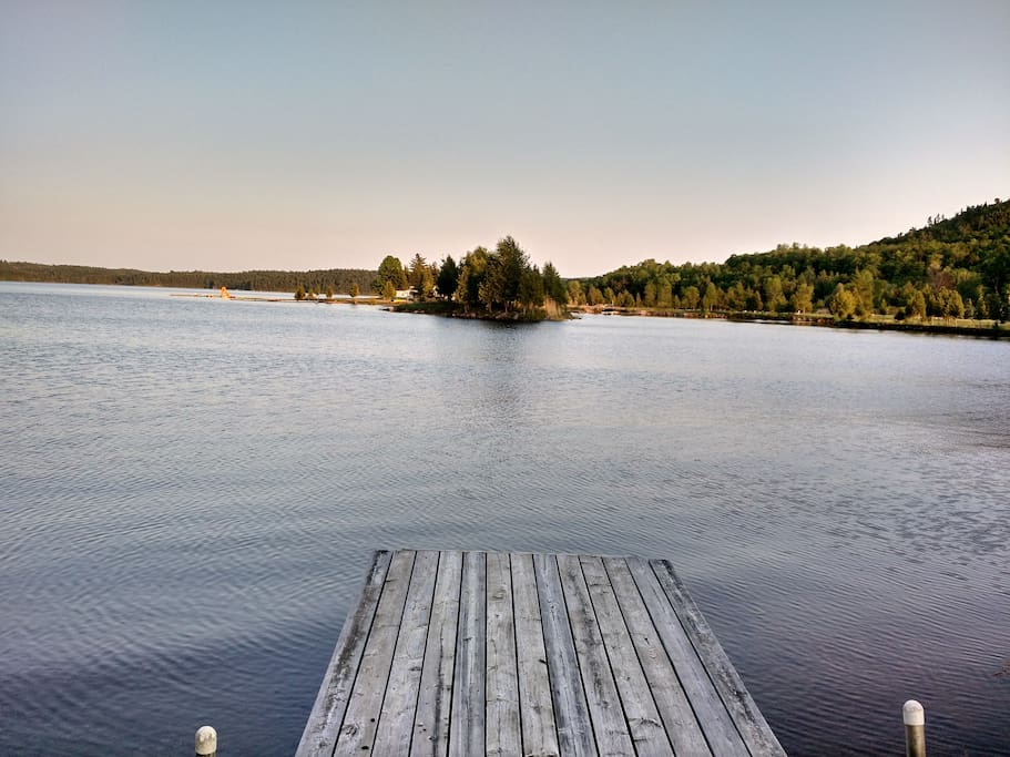 Late Sunrise Cottage Houses For Rent In Calabogie