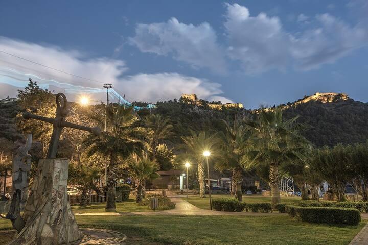 WONDERFUL: Best Beach,Balcony,Wifi,Kitchen,AirCond
