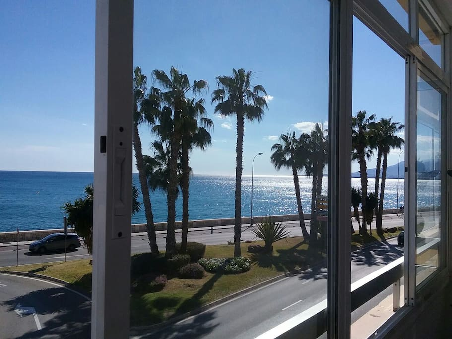 Bed on the beach appartementen te huur in m laga for Beds 4 u malaga