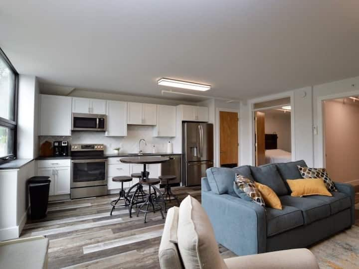 New first floor condo in Traverse City Commons