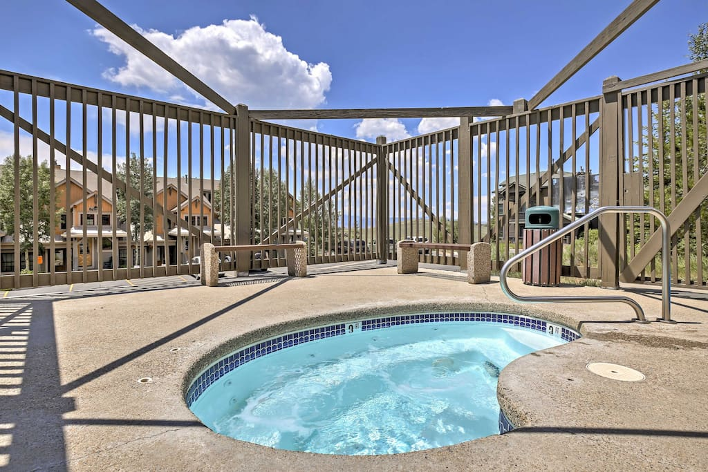 Take advantage of community amenities, such as the hot tub, pool, & restaurant.