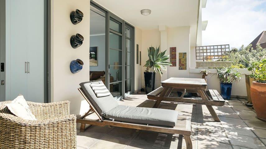 'Surfers Corner' beach flat Pool, Sun Deck, Wi-fi - Ciudad del Cabo - Apartamento
