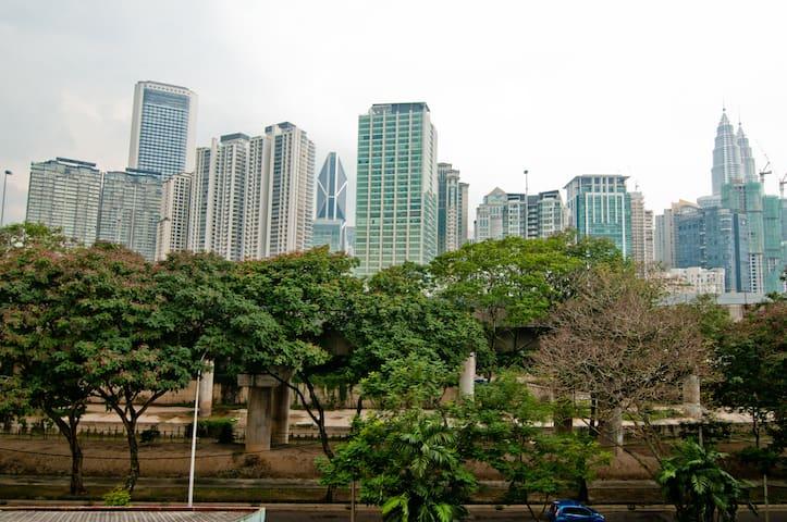 Tranquility+Cuisine near KLCC & Golden Triangle - Kuala Lumpur
