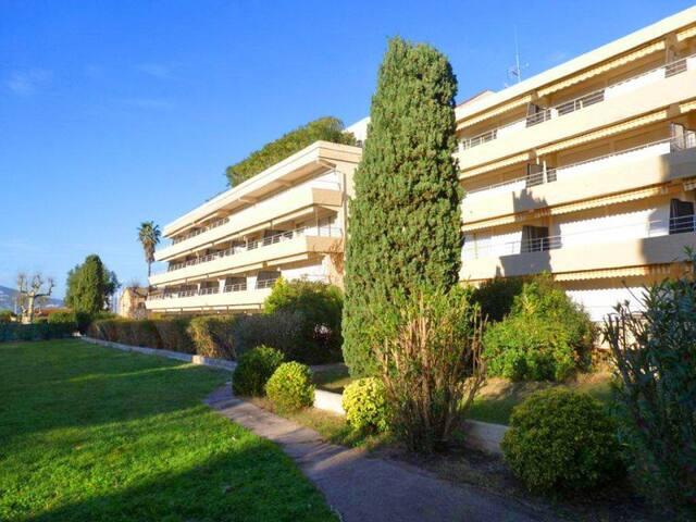 studio 6 personnes residence Eden Saint-Tropez