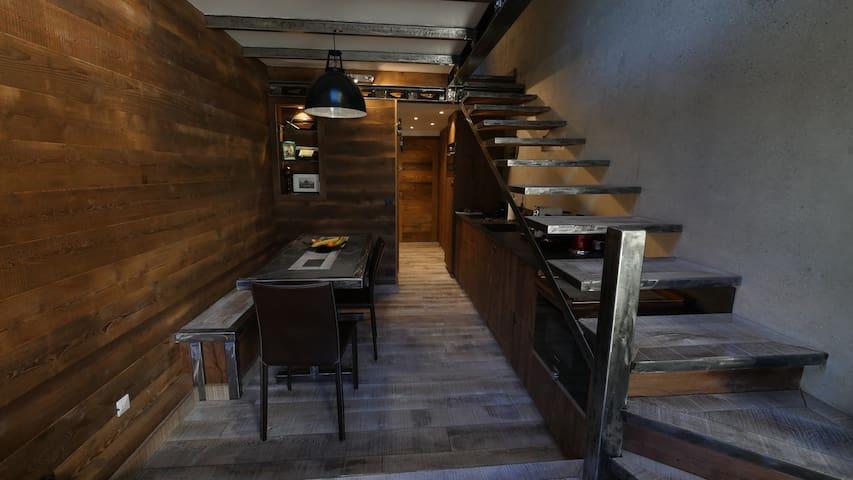 Appart stylé, 45 m2 2 ch, 1 séjour, pièce de vie.
