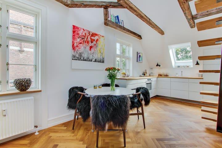 Unique apartment in central Frederiksberg